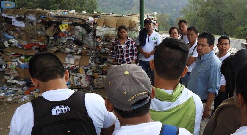 pequeño pueblo maya que está derrotando al plástico desechable