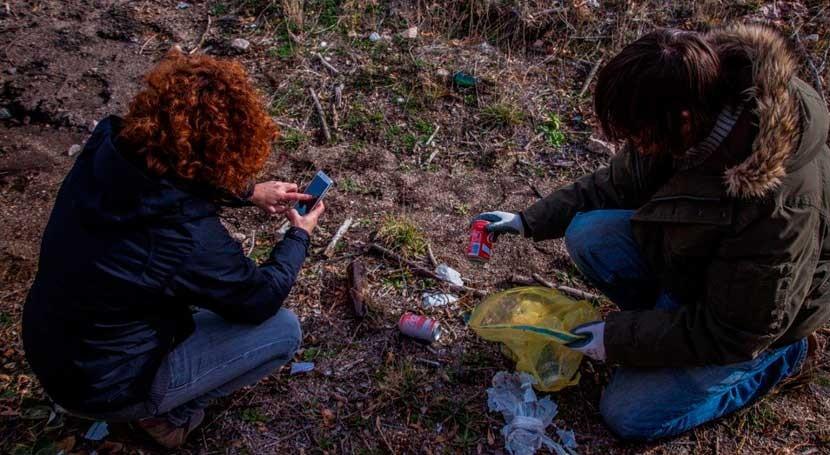 """""""1m2 campo, bosques y monte"""" busca caracterizar basuraleza entornos terrestres"""