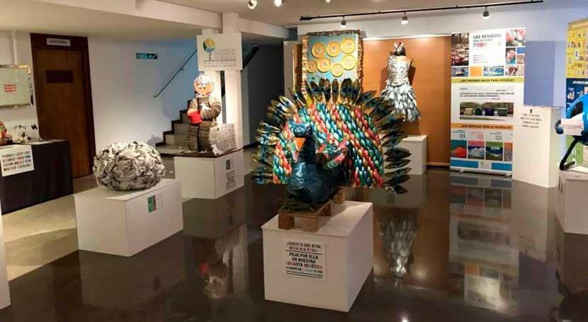 """obras exposición """"PEQUEÑOS GESTOS, GRANDES SOLUCIONES"""" recorren palencia"""