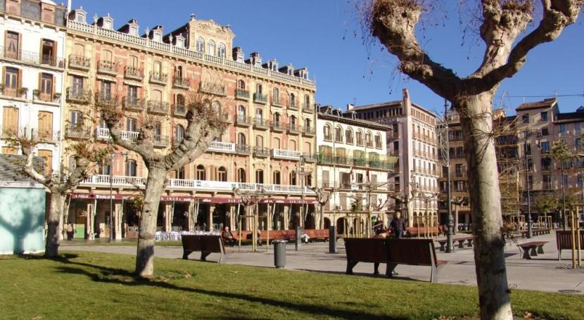 Pamplona impulsa campaña vasos reutilizables Día Casco Antiguo