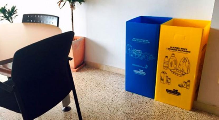 Palma reparte unas 500 papeleras reciclaje dependencias y organismos municipales