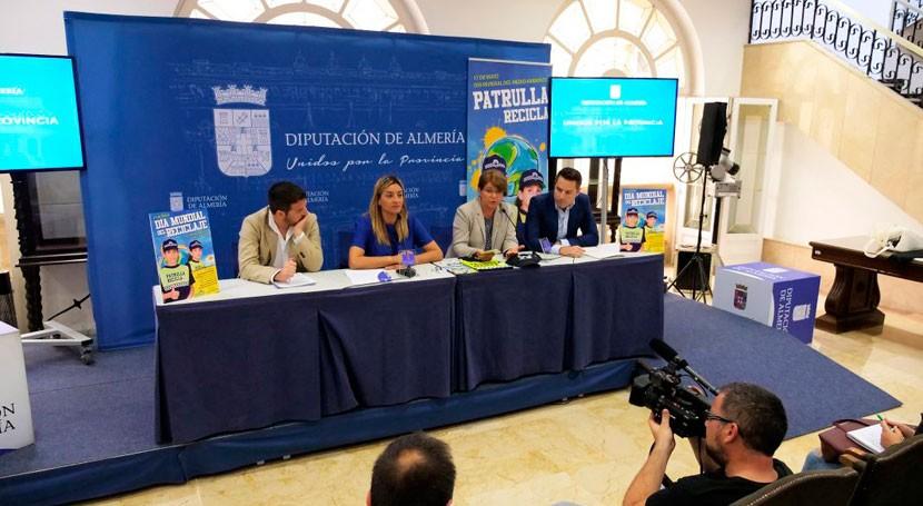 Patrulla Recicla toma calles Almería concienciar reciclaje