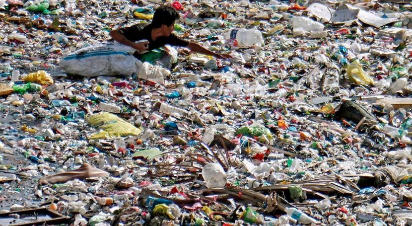 OMS pide que se investigue microplásticos medio ambiente y efectos salud