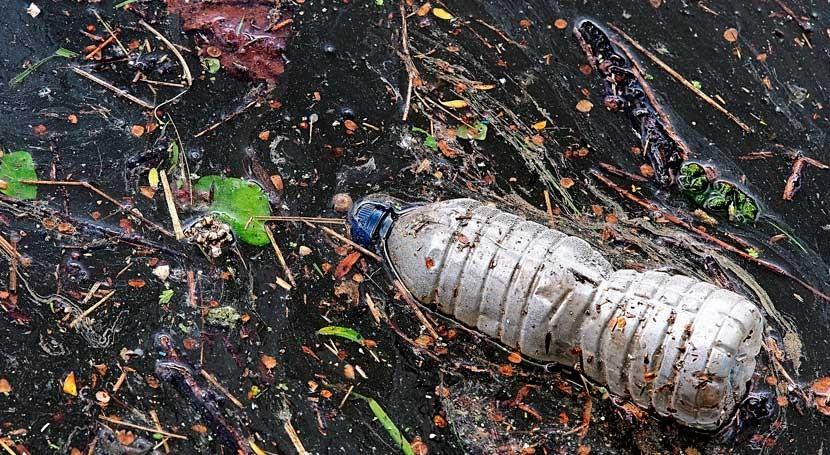 Comisión Europea aúna fuerzas ejecutar coalición contaminación plásticos