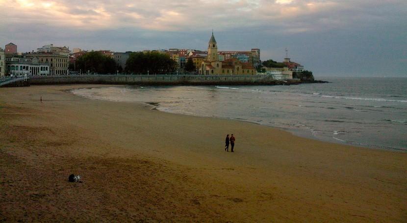 playas urbanas Gijón renuevan certificación Ecoplayas séptimo año consecutivo