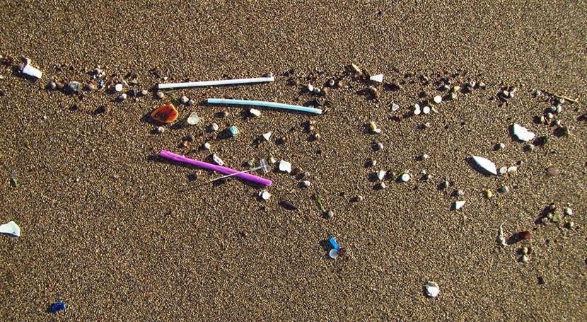 plásticos más pequeños playas canarias, relacionados vertidos aguas residuales