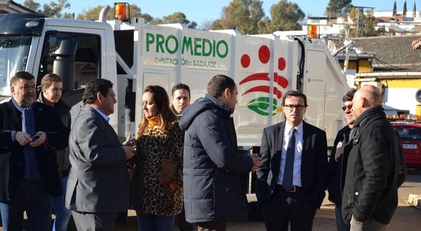 Badajoz destina 400.000 euros camiones y contenedores que mejorarán recogida residuos