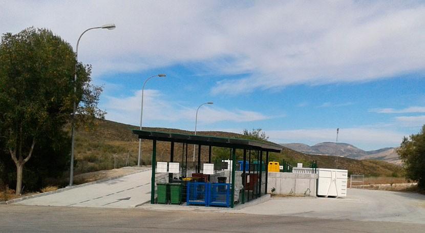 Andalucía invierte más 2 millones euros construir puntos limpios residuos 2018
