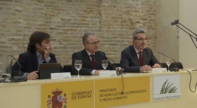 Internos tres centros penitenciarios Sevilla finalizan formación gestión residuos