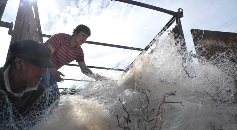 Satlink se compromete reciclar 100.000 kg redes pesca Chile