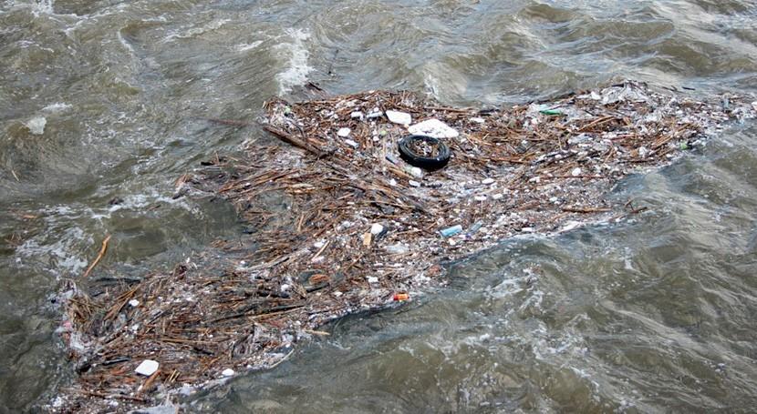 ¿Cuáles son alternativas tratar aguas afectadas contaminantes orgánicos persistentes?