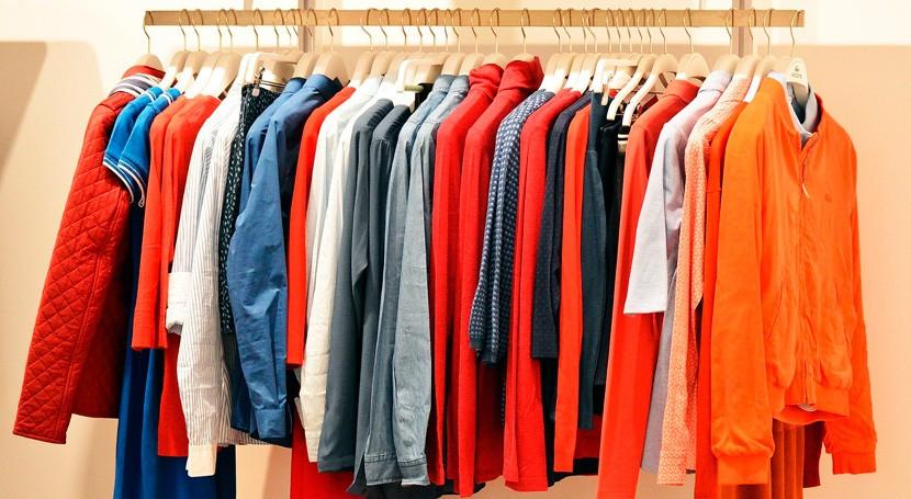 Así resuelve Francia problema millones toneladas ropa que terminan vertedero