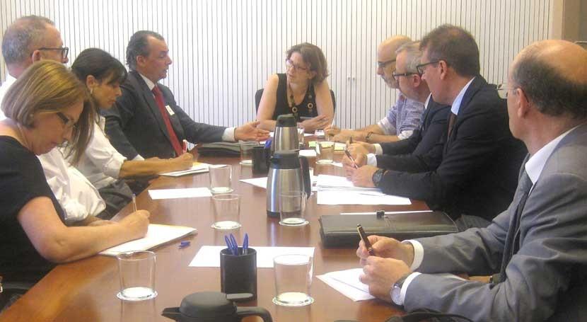 Gobierno valenciano quiere contar empresariado nuevo modelo gestión envases