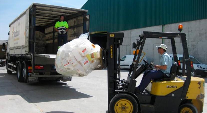 SIGFITO premia 27 empresas agrarias que más reciclan toda España