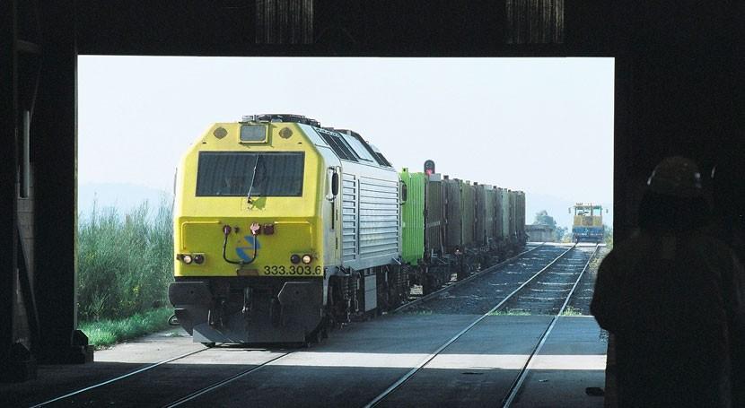 Sogama ya transporta más residuos municipales plantas transferencia tren
