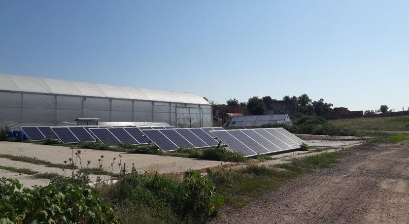 energía solar, solución reducir uso químicos y gases efecto invernadero