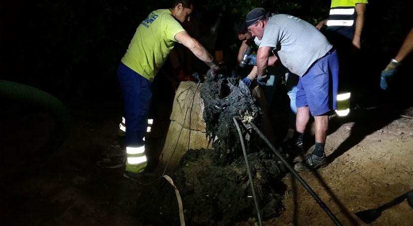 """""""monstruo toallitas"""" 350 kilos desborda colector San Javier"""
