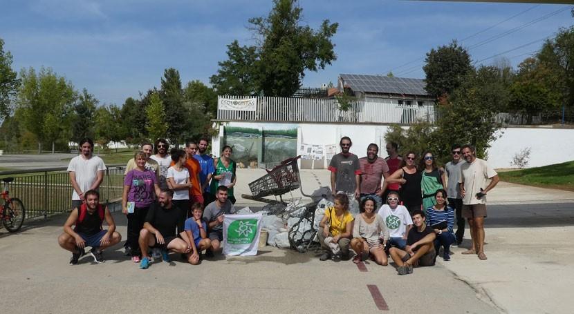 Retirados más 600 kilos basura orillas Guadalquivir