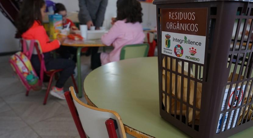 CRA Espiga Torviscal inicia experiencia pionera compostaje escolar
