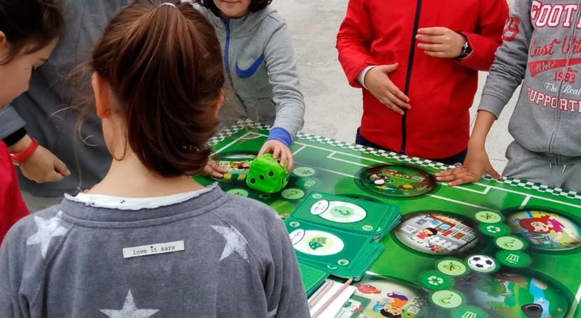 """"""" Partido Planeta"""" visita 19 colegios que participan """"Recíclate Sogama"""""""