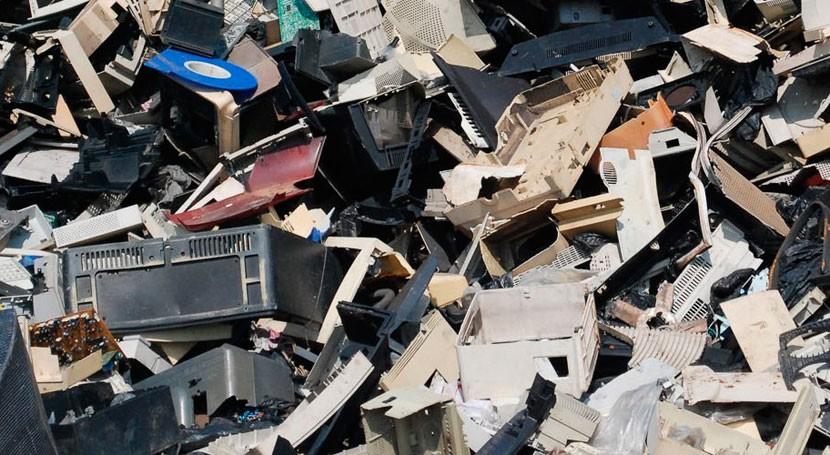 soluciones eco-eficientes residuos aparatos eléctricos y electrónicos, debate